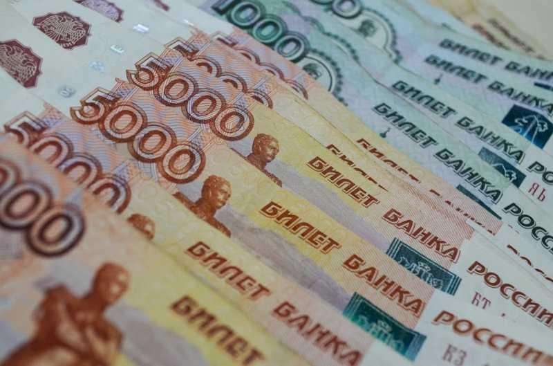 На борьбу с коронавирусом в Свердловской области потратят почти восемь миллиардов