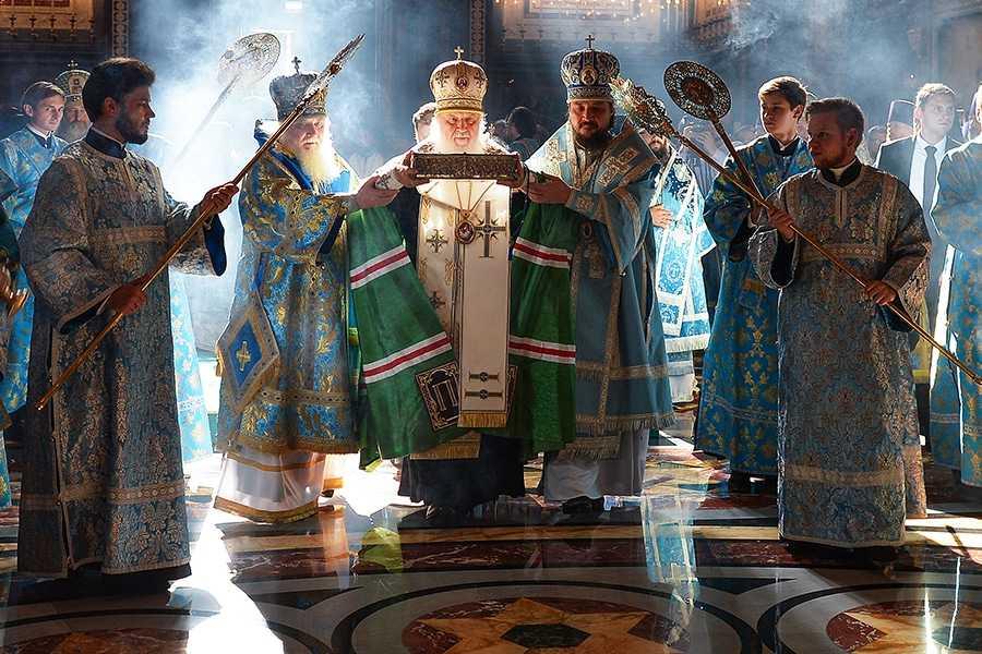 Патриарх Кирилл решил стать настоятелем главного храма Вооружённых сил