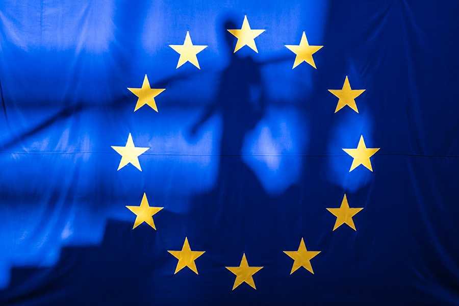 Лидеры ЕС договорились продлить санкции против России