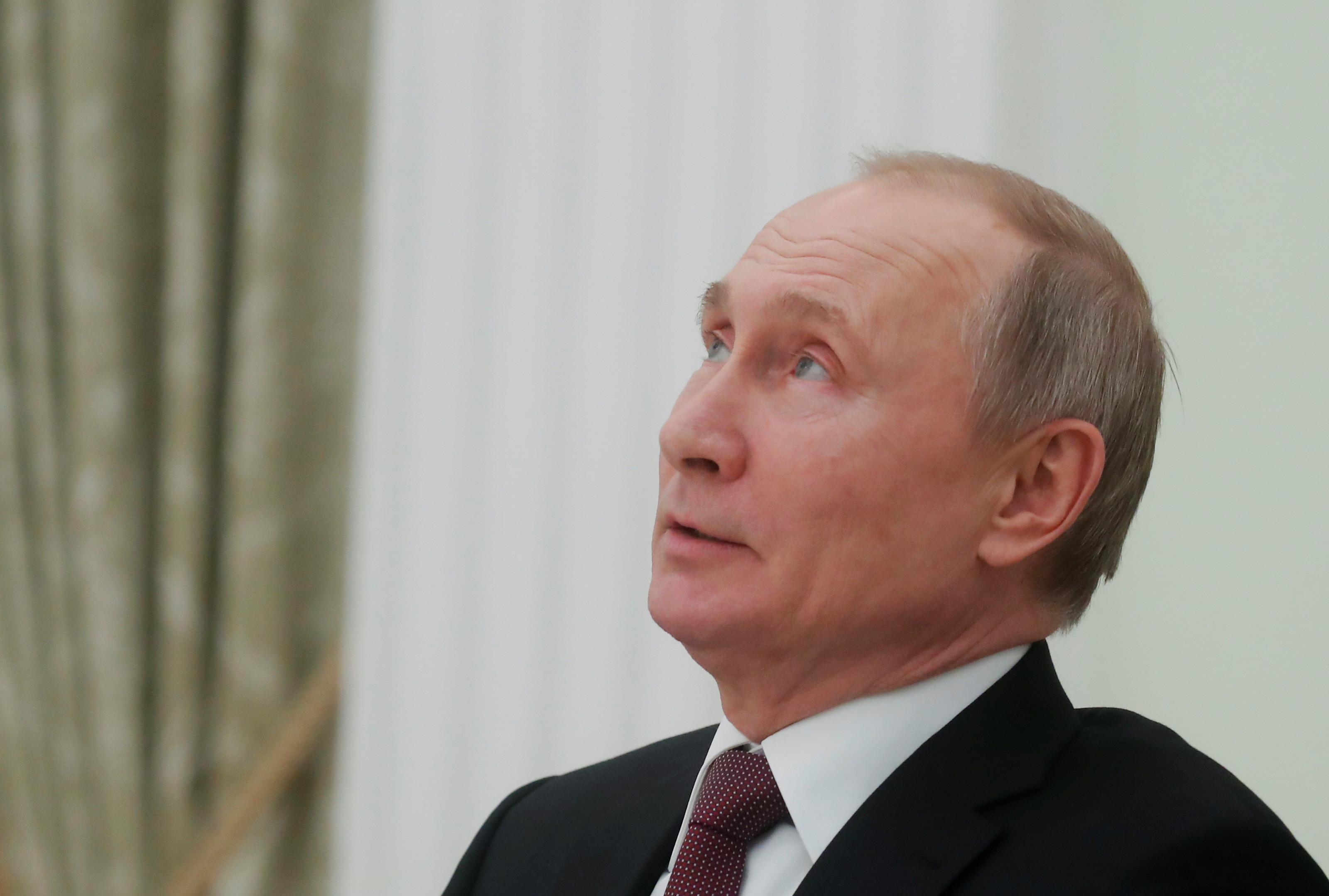 Поправки в Конституцию поддерживают более 80% россиян