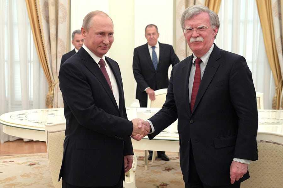 Болтон признался, что Путин готовится к встречам лучше Трампа