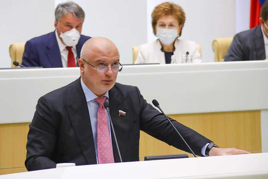 Клишас обосновал необходимость поправки об обнулении сроков президента