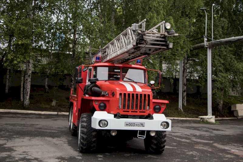 В ХМАО возбудили дело после пожара в резервуаре для нефтепродуктов