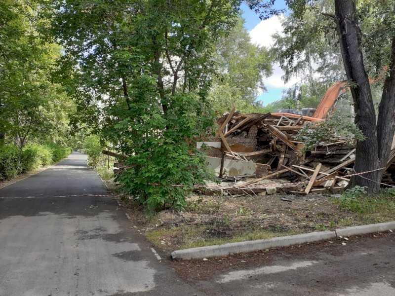 Напротив могилы дятловцев в Екатеринбурге сносят бараки. На их месте появятся многоэтажки