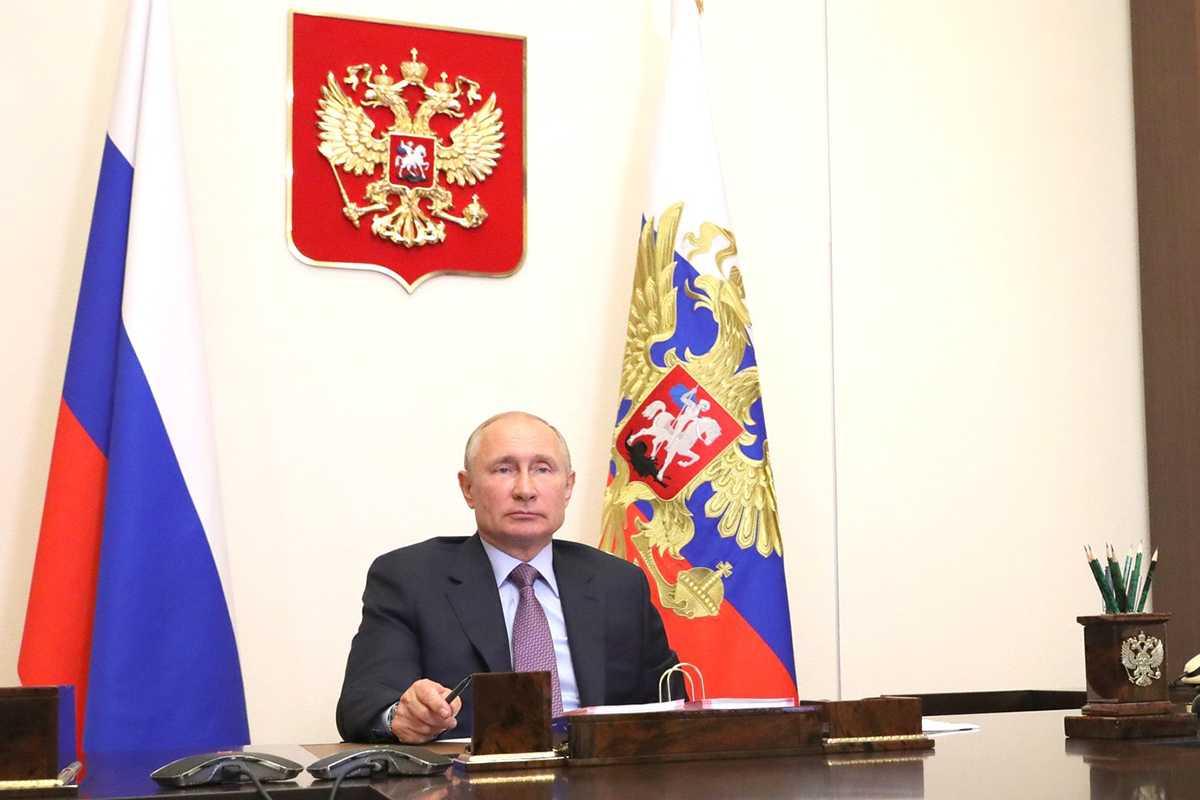 «Никакой накрутки явки»: Путин потребовал провести голосование по Конституции честно