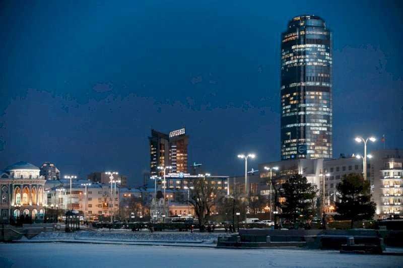 Уральский топ: смертность врачей, уход «Стенографии» и новый «скверный» протест