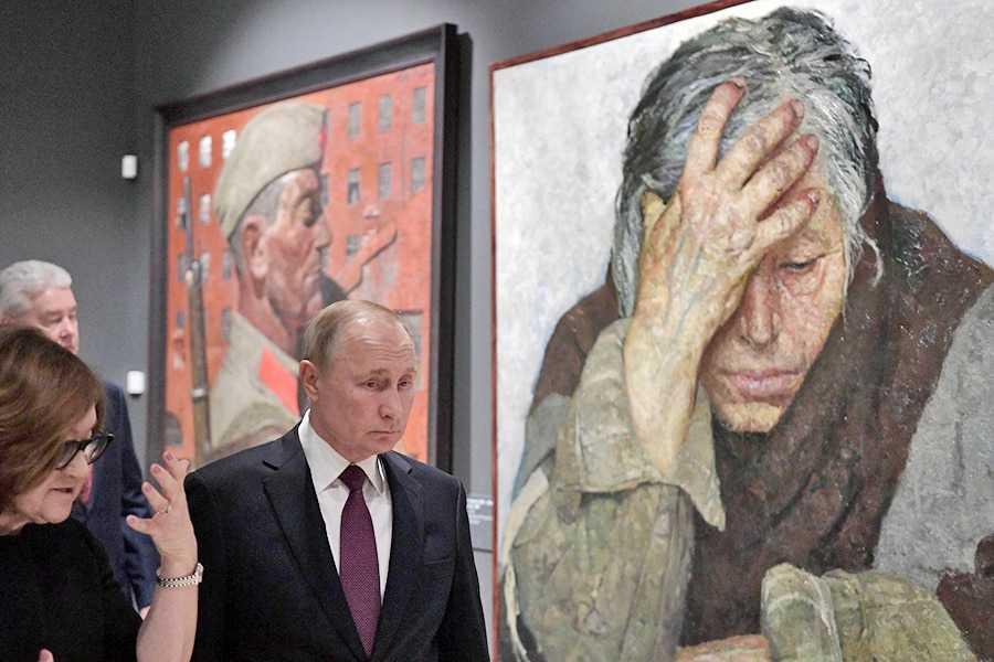 Путин заявил о сотнях тысяч «очень скромно» живущих россиян