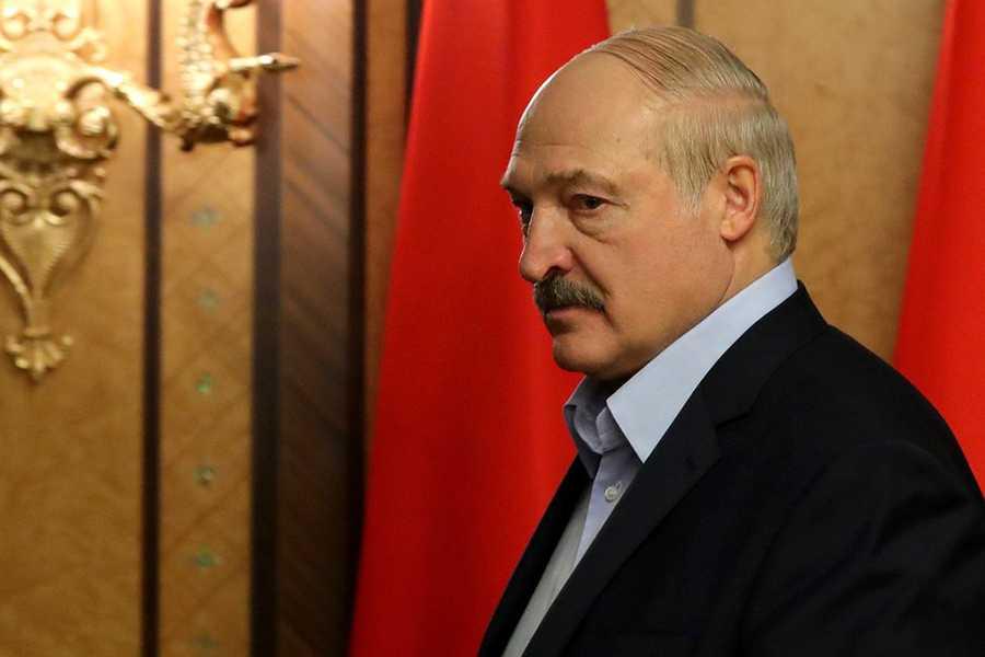 Лукашенко рассказал о зависти россиян белорусам