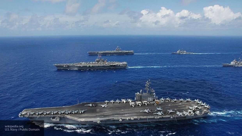 США направили два авианосца в район военных учений Китая у спорных островов